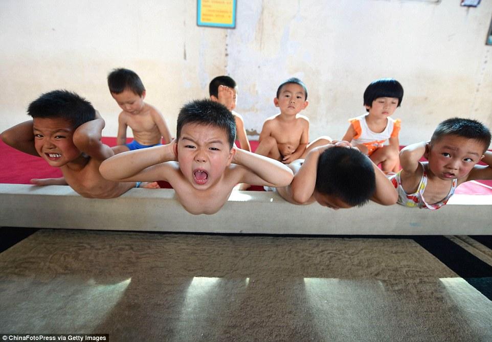 Takto prekonávajú deti v Číne hranice svojich možností!