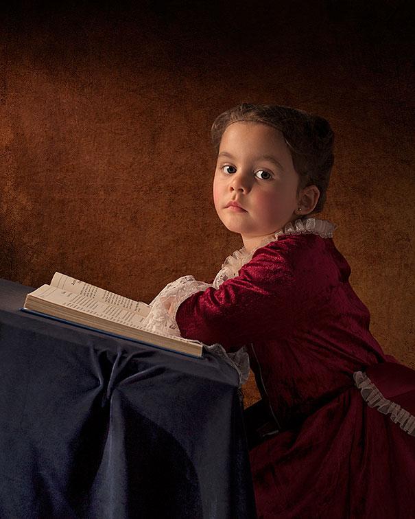 Otec vyfotil svoju 5 ročnú dcéru v klasistickom štýle. Tento album sa Ti bude páčiť!