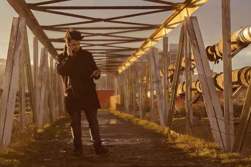 """Talentovaný umelec Chris Ellys: """"Vkladám do textov snahu vyjadriť vlastné cesty"""""""