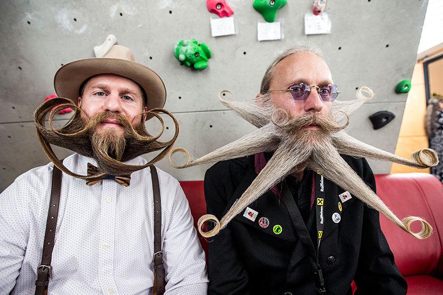 Muži s krásnymi a honosnými bradami sa stretli na majstrovstvách sveta. Ktorá brada sa ti páči najviac?