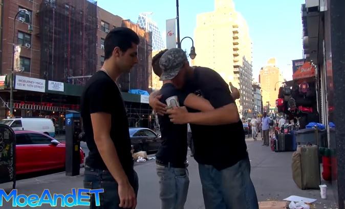 Ďalší experiment s bezdomovcami nenechal chladných len okoloidúcich…