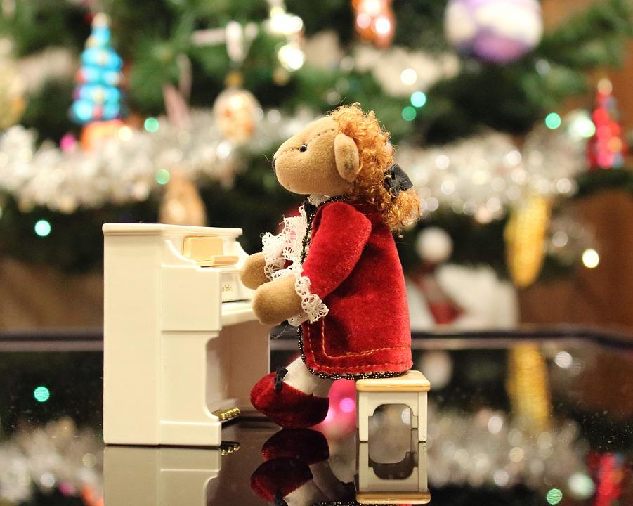 Otrepané vianočné piesne? Vypočuj si 5 skvelých coverov