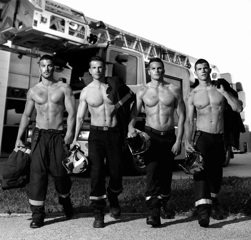 Pre dobrú vec nafotili sexi francúzski hasiči kalendár na rok 2016!