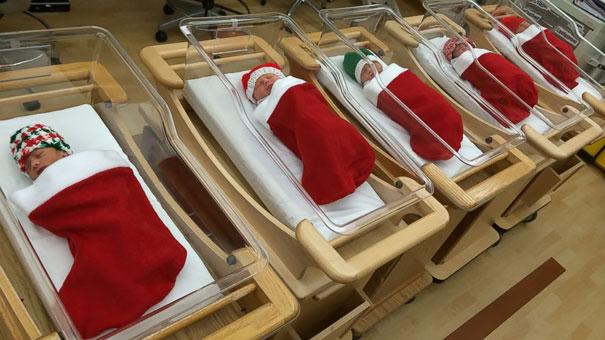 Vianoce v nemocnici. Zdravotnícky personál milo prekvapil