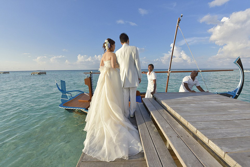 wedding-pavilion-water-landaa-giraavaru-maldives-1