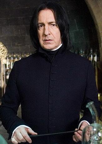 Fanúšikovia Harryho Pottera smútia. Zomrel profesor Snape!