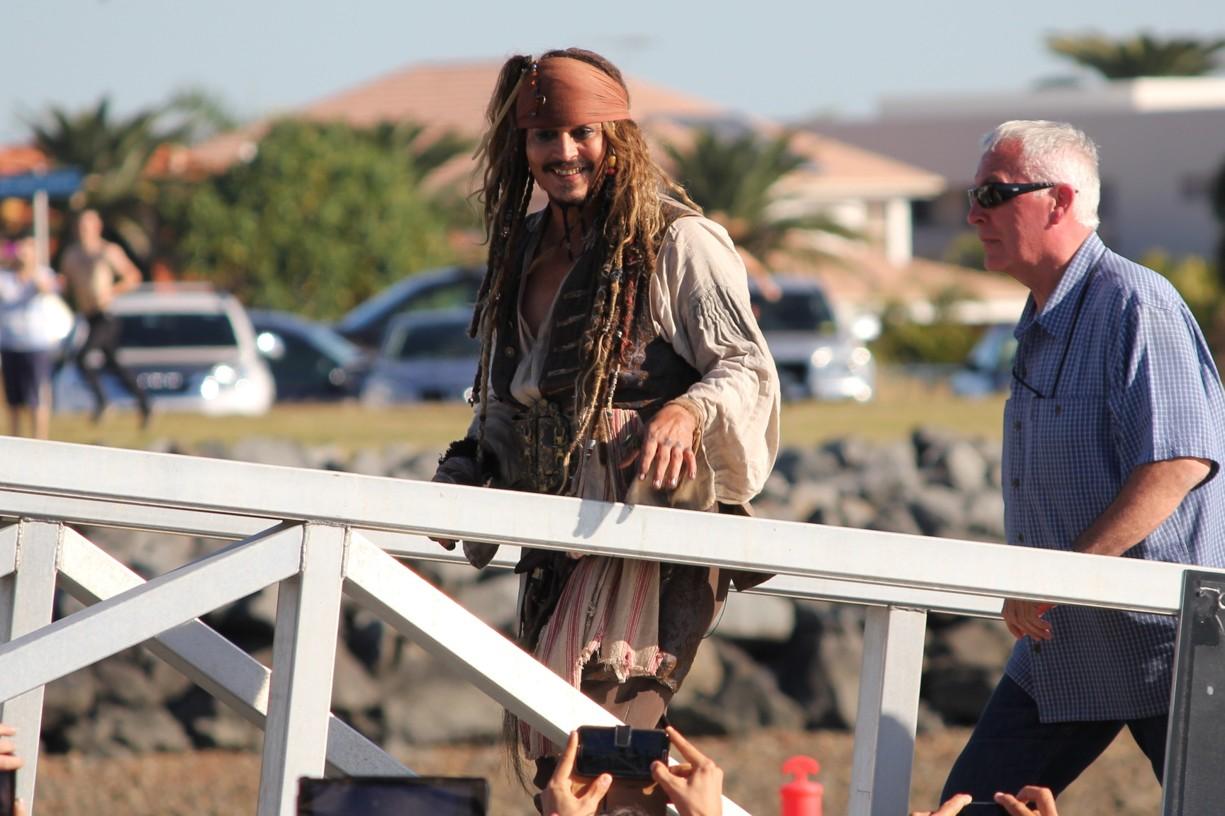 Johnny_Depp_in_Queensland,_Australia_(June_2015)