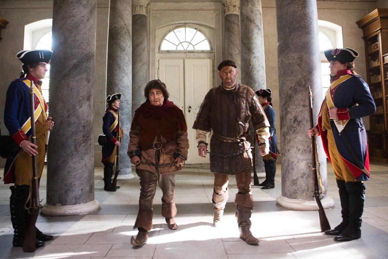 Do kín sa vracia legendárna komédia Návštevníci 3: Revolúcia