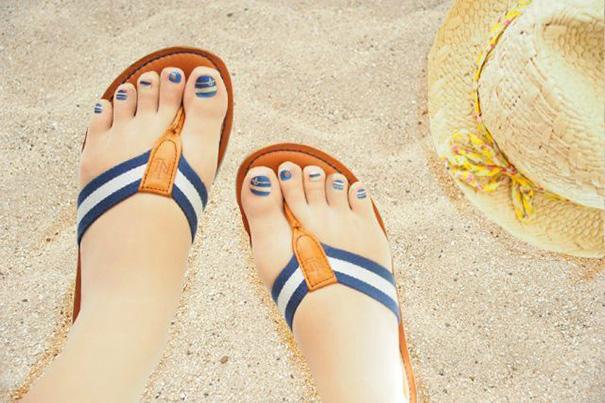 toe-nail-art-polish-stockings-japan-13-eWJksT