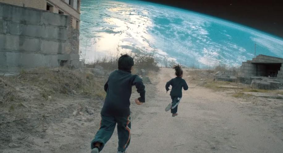 Coldplay pustil von nový klip, aký si ešte nevidel. Tento si pustíš niekoľkokrát!
