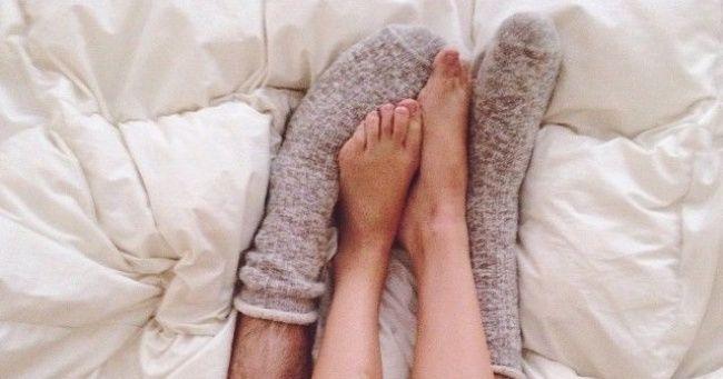 To, či spíš s ponožkami alebo bez, znamená viac, ako si myslíš!