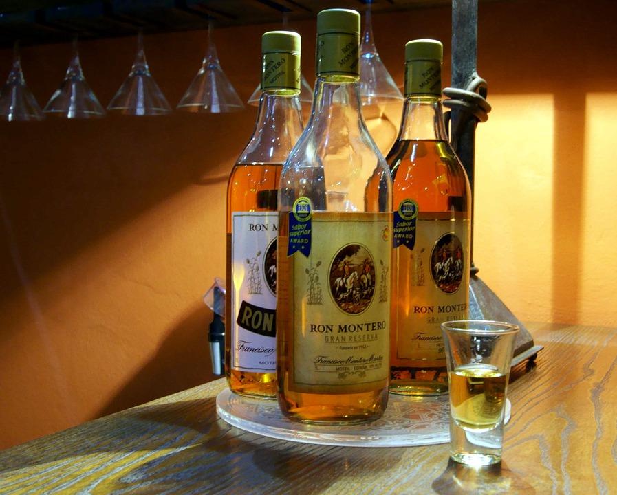 rum-333006_960_720