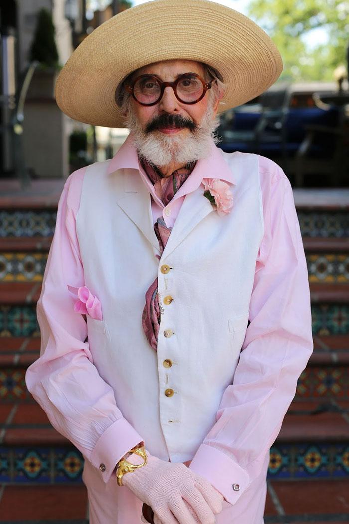 stylish-seniors-advanced-style-older-and-wiser-ari-seth-cohen-7-5721fccf24042__700