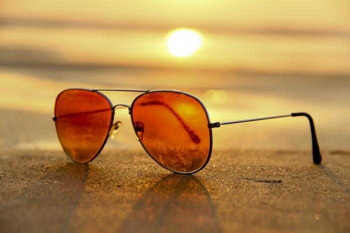 Nesedia vám žiadne zo slnečných okuliarov? Vieme, ktoré budú…