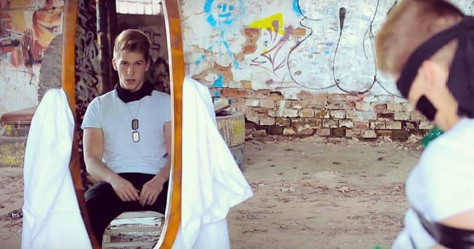Marksov Kontrast pokračuje piatym klipom! Zrkadlo otvára ďalšiu časť pripravovaného albumu