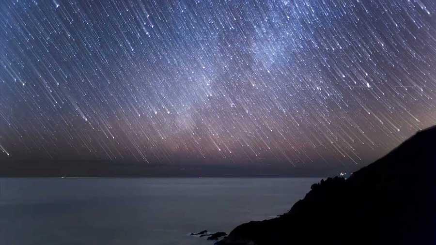 Víkend meteorických rojov! Vybehni von a pozoruj krásu nočnej oblohy!