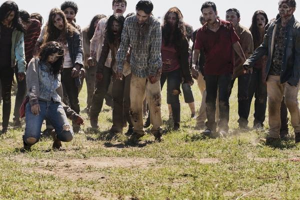 Walkers - Fear The Walking Dead _ Season 2, Episode 8 - Photo Credit: Richard Foreman Jr/AMC