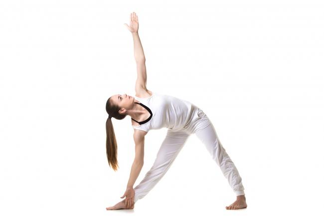 7 super efektívnych cvikov z jogy pre krásne prsia