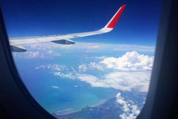 Týchto 10 tajomstiev musíš poznať predtým, ako vkročíš do lietadla