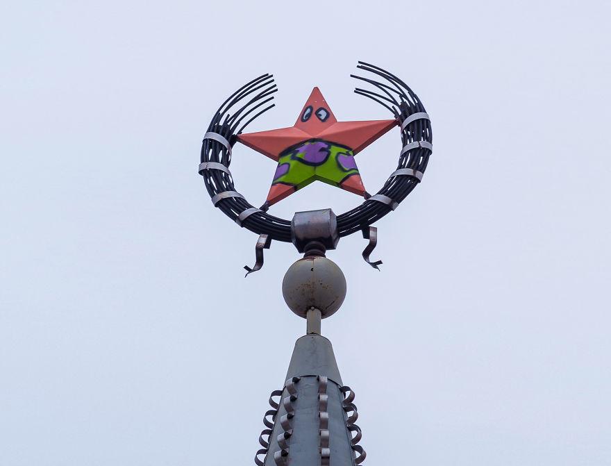 Sovietska hviezda v ruskom meste sa vďaka vandalovi zmenila na Patricka zo seriálu SpongeBob!