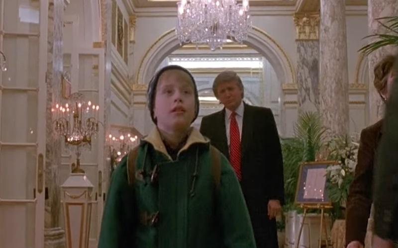 Donald Trump si struhol rolu vo viacerých filmoch, medzi nimi aj v Sám doma. Pozri si, čo tam robil