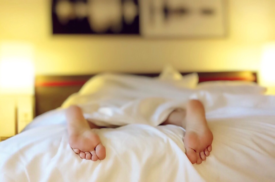 Zdravé spanie je dôležitejšie, ako by sme čakali. Čo na neho vplýva?