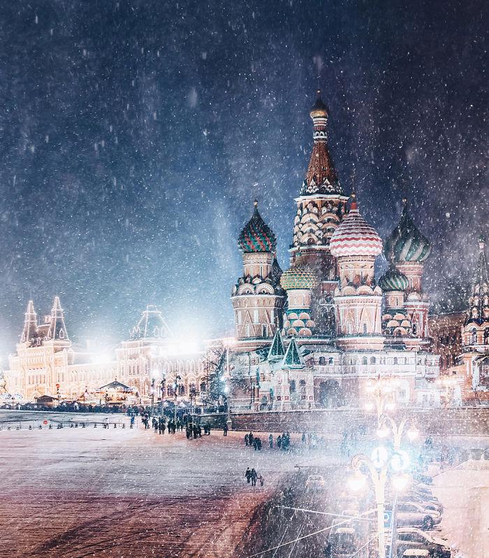 Takto vyzerá Moskva v zime: Nahliadnite do rozprávkovej krajiny prostredníctvom umeleckých fotografií