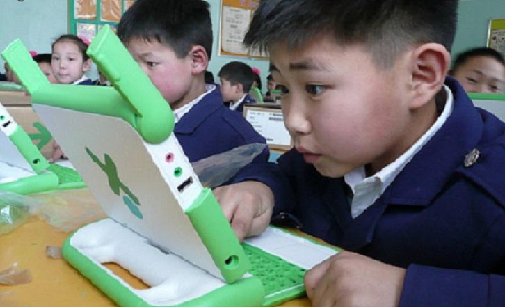 V Číne sa závislosť na internete lieči elektrošokmi! Vláda to však chce zakázať