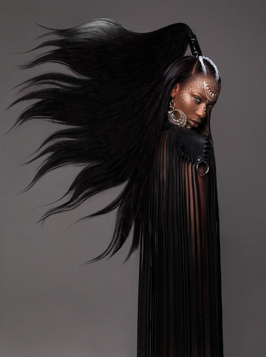 Finalistka British Hair Awards 2016 preukazuje úctu Africkej kultúre skutočne moderným spôsobom. Poukázala na africkú krásu a silu v každom účese kolekcie Armour