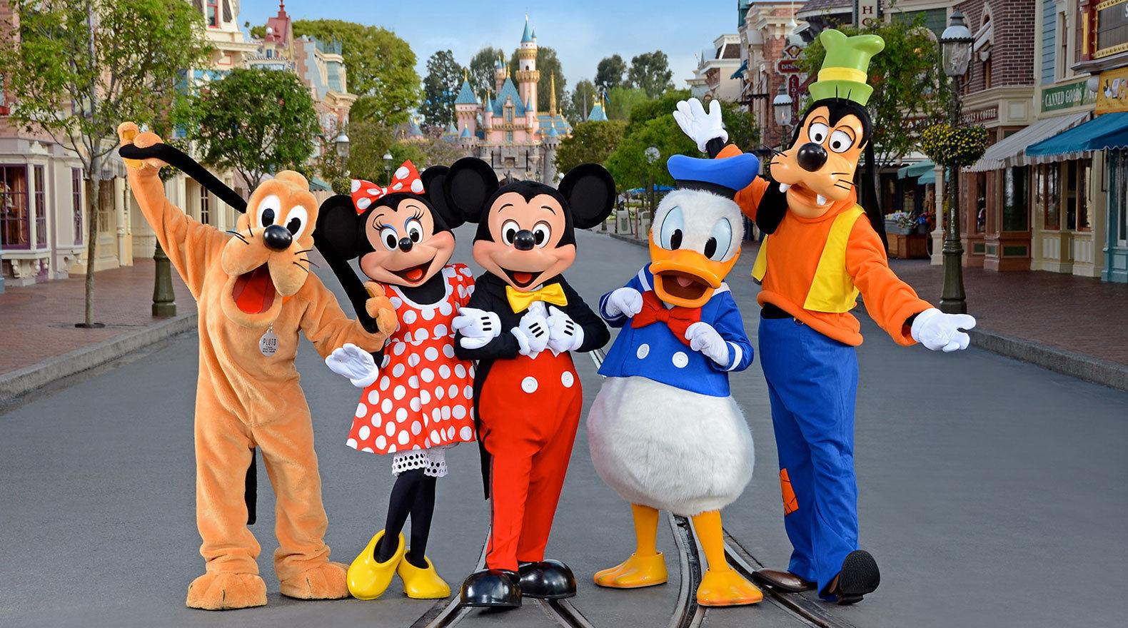 5 najväčších Disney tajomstiev. Disneyho škandál a FBI!
