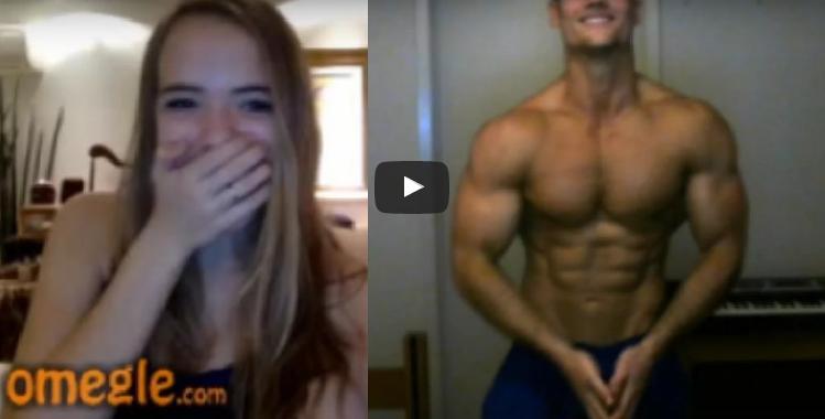 VIDEO: Reakcie dievčat pri videochate s polonahými sexy chlapmi sú veľmi zaujímavé