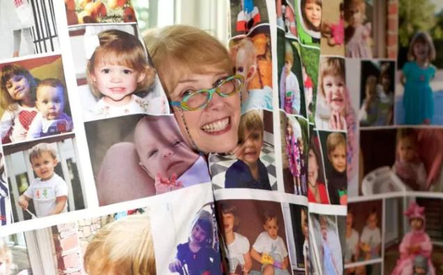 Zoznámte sa s Carmen Baugh – najpyšnejšou a najšialenejšou babičkou v histórii!