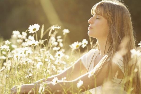 Túžite byť šťastnými? Tak potom nebuďte príliš skromní a nerobte to, čo sa od vás očakáva! Ale je toho ešte viacej…