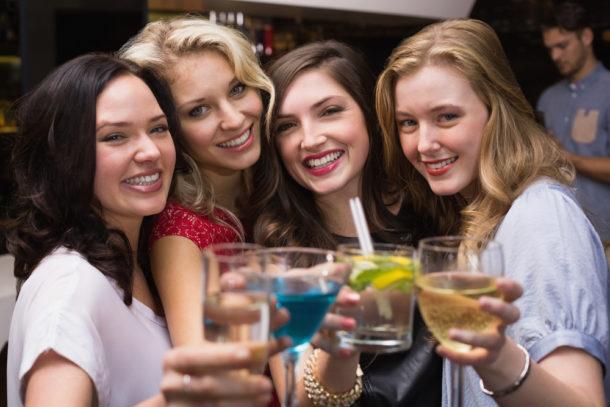 Obľúbený alkohol môže o žene veľa povedať. Čo povie o tebe či o tvojej priateľke?