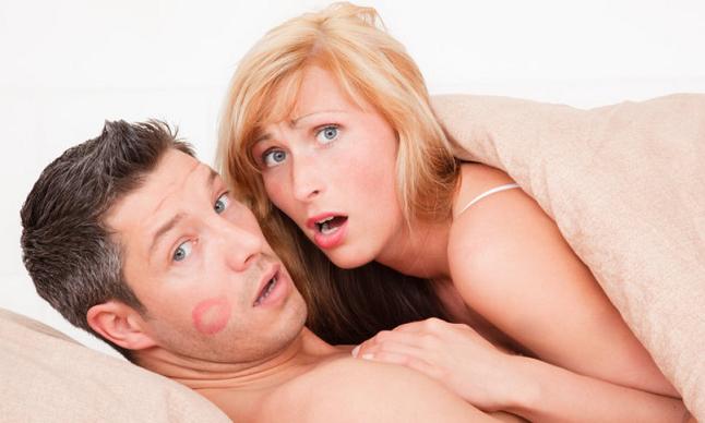 Vo Švédsku chcú zaviesť v práci prestávku pre páry na spoločné milovanie