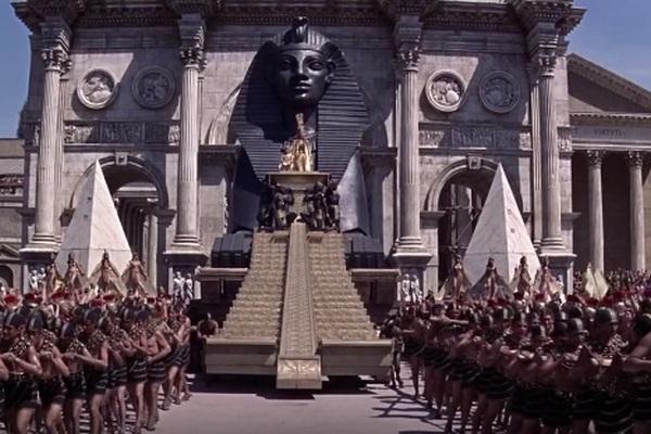 Hádaj, ktoré filmy patria do rebríčku 5 najdrahších filmov v histórií? Odpoveď nájdeš v článku
