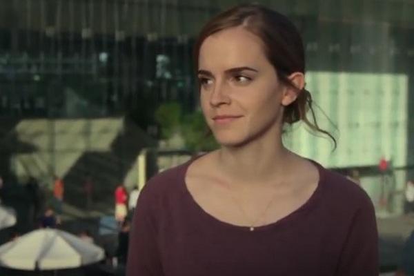 Tom Hanks a Emma Watson zažiaria už čoskoro v novom sci-fi trileri The Circle