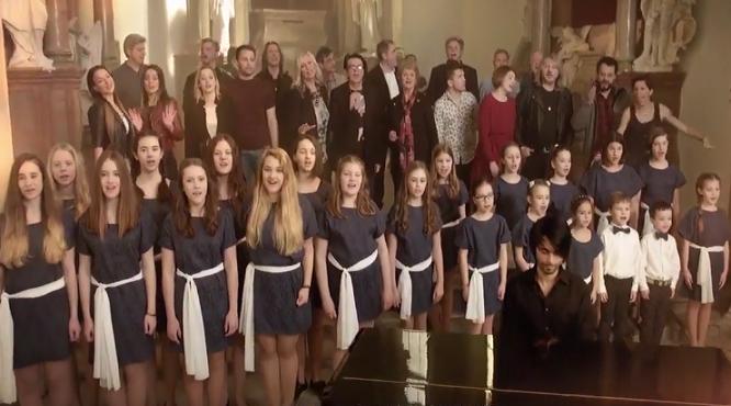 """AKTUALIZOVANÉ: Cover We Are The World od """"Slovakia All Stars"""" je hotovou tragédiou… Pokiaľ si nepozrieš tieto vtipy!"""