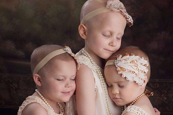 Táto fotka chorých dievčat obletela v roku 2014 svet. Takto vyzerajú malé bojovníčky dnes