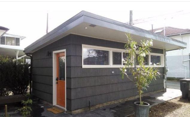 Obyčajnú garáž prerobil na luxusný domček. Nebudeš tomu veriť!