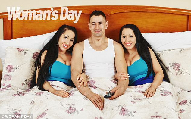 Muž si splnil to, o čom iní len snívajú – dostal do postele dvojčatá! To však nie je všetko! Čo táto trojka plánuje?!