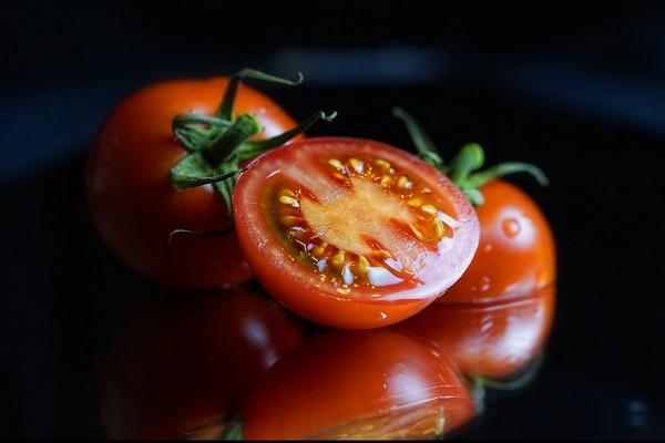 Pravdy a mýty o paradajkách