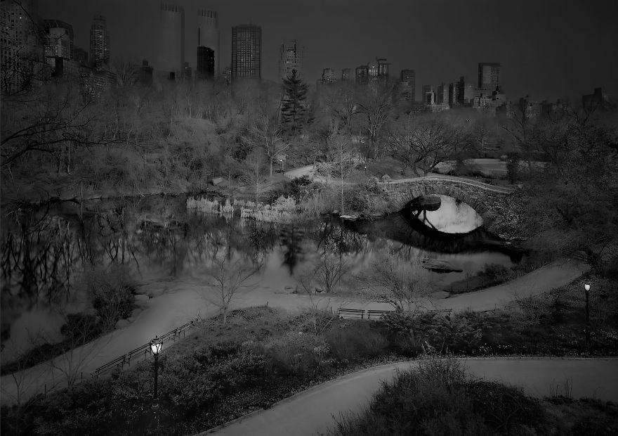 Zaujíma vás, ako vyzerá známy Central Park v New Yorku úplne bez ľudí? Tieto zábery vás tam vezmú na výlet
