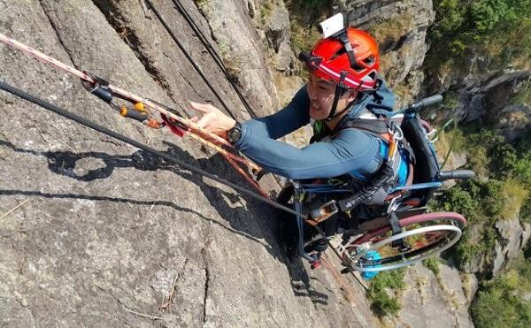 Keď sa chce, všetko sa dá! Dôkazom toho je aj horolezec, ktorý po ťažkom úraze skončil na vozíčku, no ani to ho neodradilo od lezenia