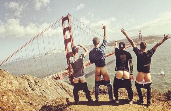 Nový trend na Instagrame: Pekné miesta ľudia obohacujú o holé zadky!