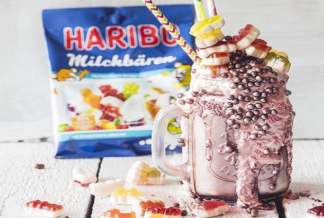 Bláznivý milkshake s medvedíkmi Haribo s mliečnou príchuťou