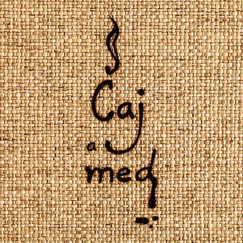 V sychravom počasí vás zahreje skladba Čaj a Med od skupiny Iconito!