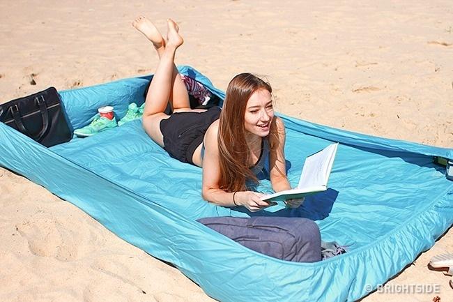 12 plážových trikov, ktoré zachránia tvoju dovolenku
