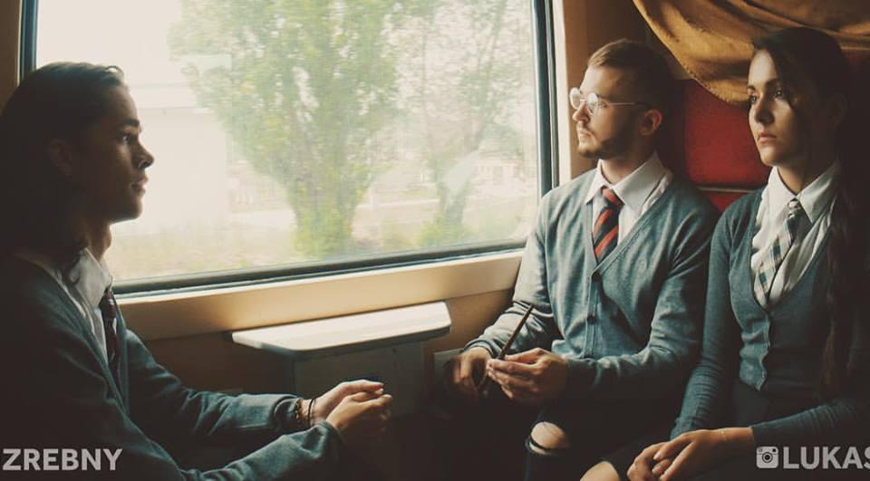 Aké typy ľudí stretávaš vo vlaku ty? Vo videu Mateja Zrebného ich určite nájdeš!