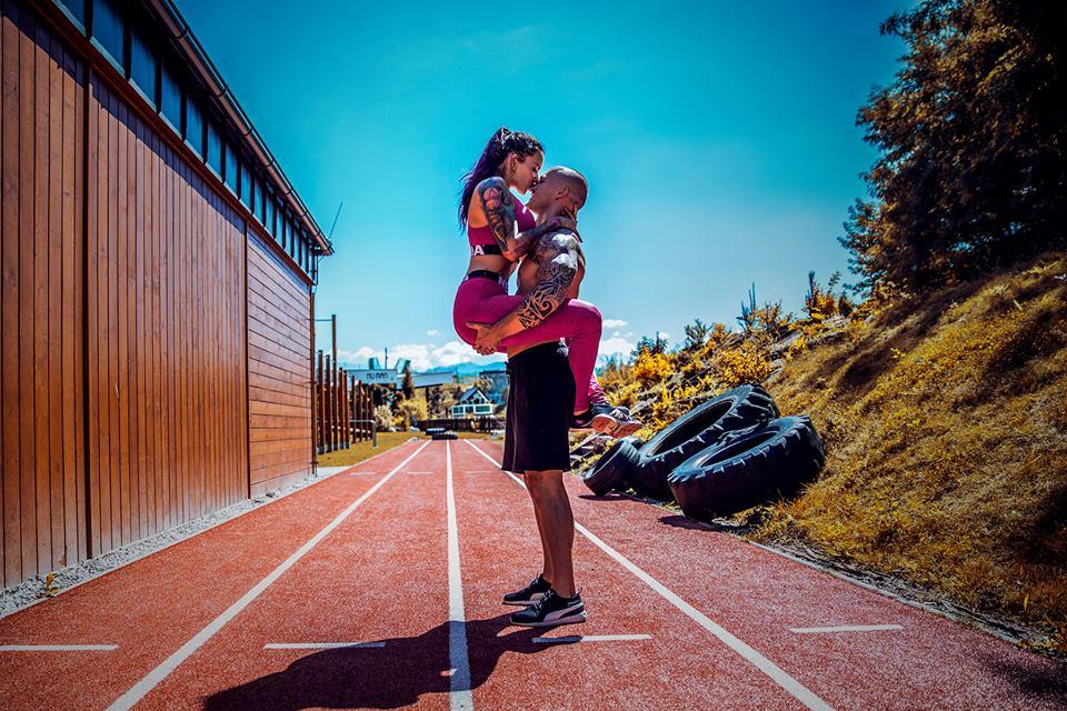 Jedinečný fitness pár We Lift Together: Stanley stále mučí klientov v posilke a Patris fotí o stošesť! #ROZHOVOR